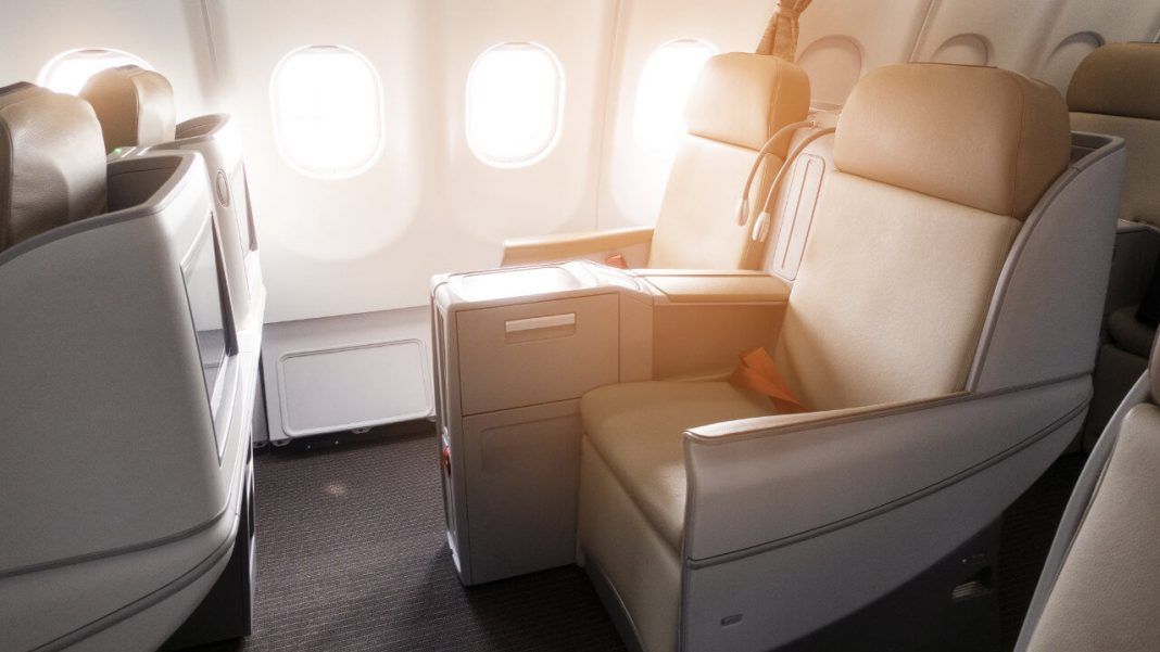 FLY smarter: Free Upgrade in die Business Class