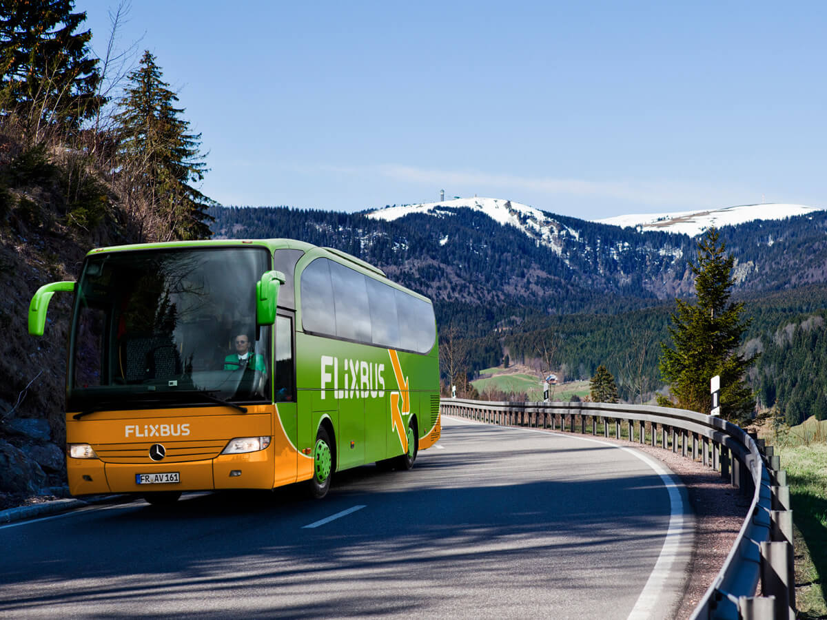 Flixbus in den Bergen unterwegs